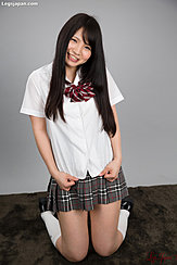 Iori Sana Kneeling In Uniform Plaid Short Skirt