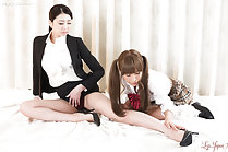 Student Hotsuki Natsume stroking tutor Makoto Ryo ankle wearing high heels long hair in pigtails